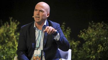 Volt Bank chief executive Steve Weston addresses the crowd at Salesforce World Tour Sydney.