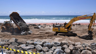 Cyclone preparations in full swing on the Gold Coast.