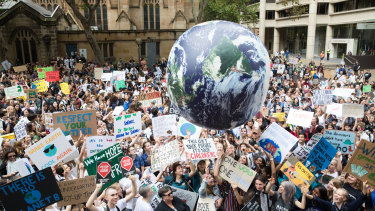 About 20,000 students skipped school on Friday to call for action on climate change at Sydney Town Hall.