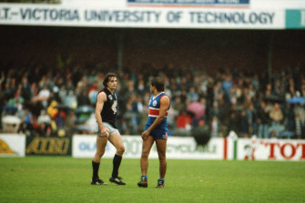 Footscray faces off against Carlton at Western Ovel in 1991.