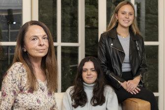 Elena Kirillova with her daughters Mariika and Nina.