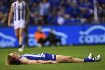 Ben Brown suffering a concussion during his North Melbourne days.
