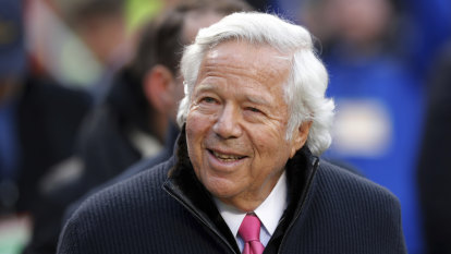 Plea deal offered to Patriots owner Kraft