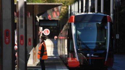 Final stage of Sydney's CBD light rail opens
