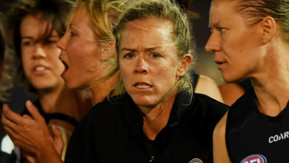 Tigers AFLW football boss Kate Sheahan heaps pressure on Pies coach
