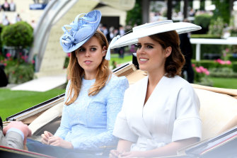 (L-R) Princesses Beatrice and Eugenie in 2018.
