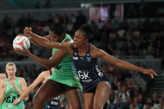 Fever's Jhaniele Fowler clashes with the Vixens' Kadie-Ann Dehaney.