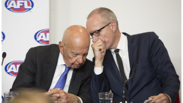 Robert Thomson with Rupert Murdoch, left, in 2015.