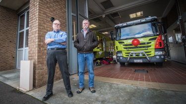 Union boss Greg McConville and retired fire fighter Graeme Gallagher, who are calling for blood screening for past and present fire fighters.