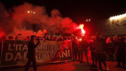 Protests in Italy as coronavirus lockdown spreads