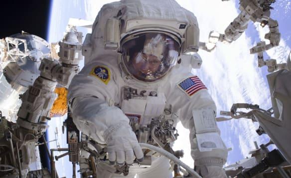 Soyuz failure: International Space Station has six months' supplies