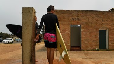 Plans to upgrade toilet and shower facilities at Mona Vale Beach are opposed by some residents.