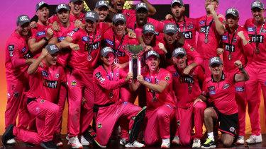 The Big Bash League should be kept in Cricket Australia's hands.