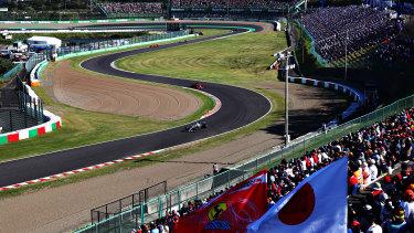 On track: Valtteri Bottas driving the Mercedes AMG Petronas W10 leads Sebastian Vettel of Germany in the Scuderia Ferrari SF90.