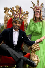 Nazeem Hussain and Julia Morris after accepting their Moomba crowns.