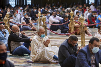 Moroccans wear face masks and pray respecting social distancing at the great Hassan II Mosque in Casablanca, Morocco. In Morocco today, around 10,000 mosques have opened their doors for Friday prayers, for the first time since the outbreak of coronavirus in March.
