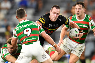 Isaah Yeo has let the Rabbitohs push ahead by six with just 15 minutes to go.