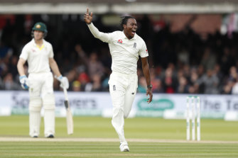 Jofra Archer celebrates taking the second innings wicket of Usman Khawaja.