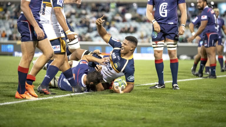 Rob Valetini scoring his first Super Rugby try against the Melbourne Rebels earlier this year.