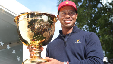 Tiger Woods with the Presidents Cup in Melbourne.