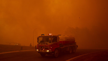 Town's escape from fire 'apocalypse' doused by warning it could 'double'