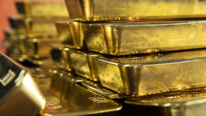 Bitcoin vs gold: Wall Street's hottest debate could be a game-changer