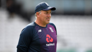 Chris Silverwood has been named to take over as coach of the England cricket team.