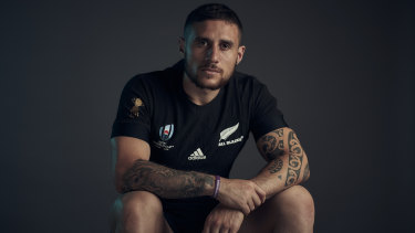 All Blacks star TJ Perenara has confirmed his interest in joining the Roosters in the NRL.