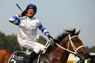 Kolding played a role in in Tim McIntosh keeping Highway contender Absolute Trust.