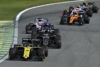 Daniel Ricciardo leads Romain Grosjean.