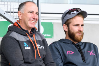 NZ head coach Gary Stead (left) with injured skipper Kane Williamson.