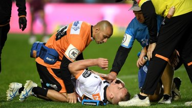 Wests Tigers hooker Jacob Liddle suffered a suspected ACL tear on Thursday night.