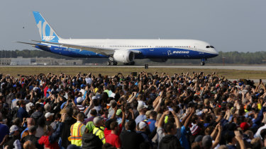 Boeing employees at North Charleston during the Dreamliner's first flight.
