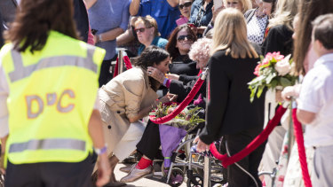 And now, Meghan Markle has also met 98-year-old Mrs Dunne.
