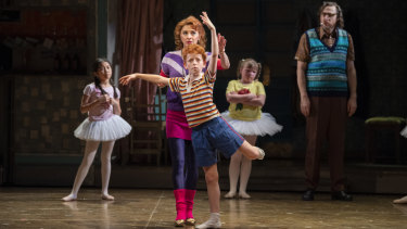 Kelley Abbey, Jamie Rogers and the cast of Billy Elliot.