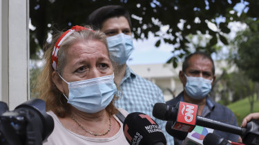 "Rosibel Emerita Arriaza, the mother of Victoria Esperanza Salazar, talks to the press in Antiguo Cuzcatlan, El Salvador: ""I want justice for my daughter""."