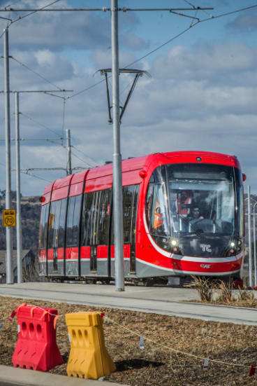 Canberra's light rail has commenced daytime testing on Flemington Road in Gungahlin.