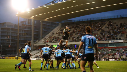 Goal-line drop-outs, 50-22s and 20-minute red cards: Rugby Australia's proposed rule changes