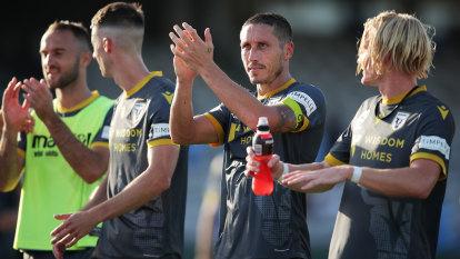 Bulls get revenge as 10-man Sydney FC misfire again in attack
