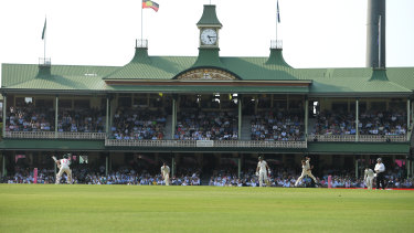 36,420 fans turned out today to watch the opening day of the Sydney Test.