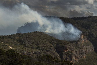 The Ruined Castle Fire near Katoomba burns under strong westerly winds.
