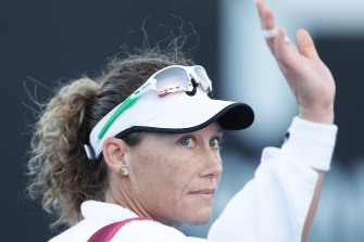 Sam Stosur acknowledges the crowd on Monday night after her straight-sets defeat in Hobart.