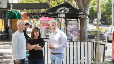 Around 600 St Kilda residents and traders including cafe owner Katherine Wilson say the suburb's main streets are in 'crisis'.
