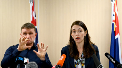'Come home': New Zealand suspends trans-Tasman bubble for two months