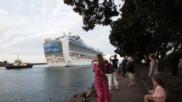 The Ruby Princess cruise ship, which was the source of hundreds of Australia's Coronavirus cases, departs Port Kembla.