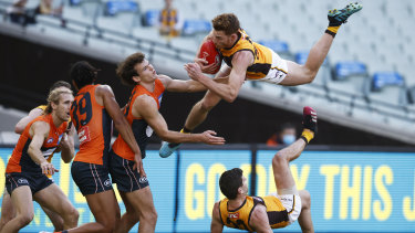 Tim O'Brien takes a 'Superman' grab for the ages in Hawthorn's win over the Giants.
