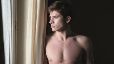 Oleg Ivenko plays Rudolf Nureyev as a sulky beauty in The White Crow.