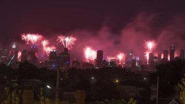 The 2018 midnight fireworks from Ruckers Hill in Northcote.