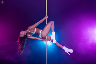 Amanda Montoya during a pole dancing competition.
