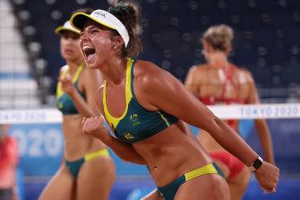 Australia's Mariafe Artacho del Solar and Taliqua Clancy.